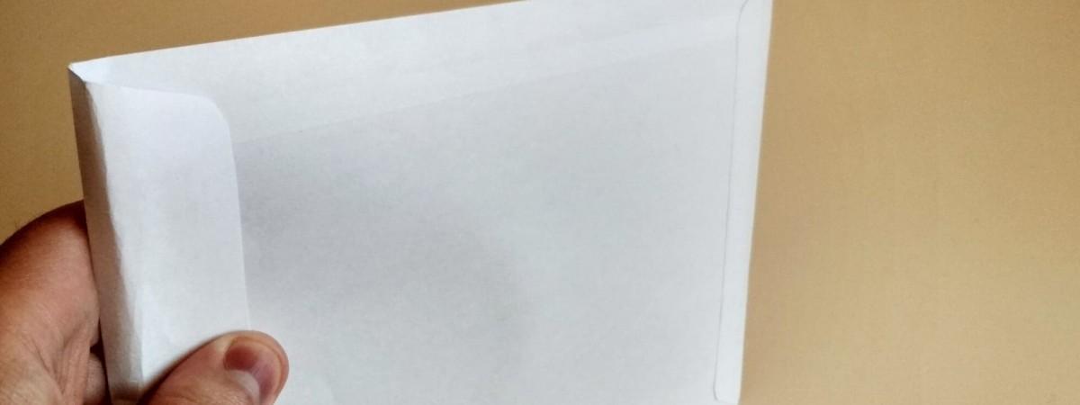 Як у Польщі вислати листа не виходячи з дому. Покрокова інструкція