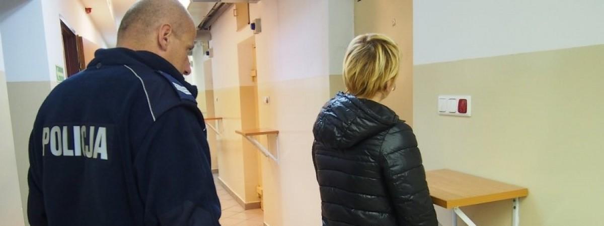 Украинку депортировали под конвоем: примеры злоключений, в которые заробитчане попадают в Польше
