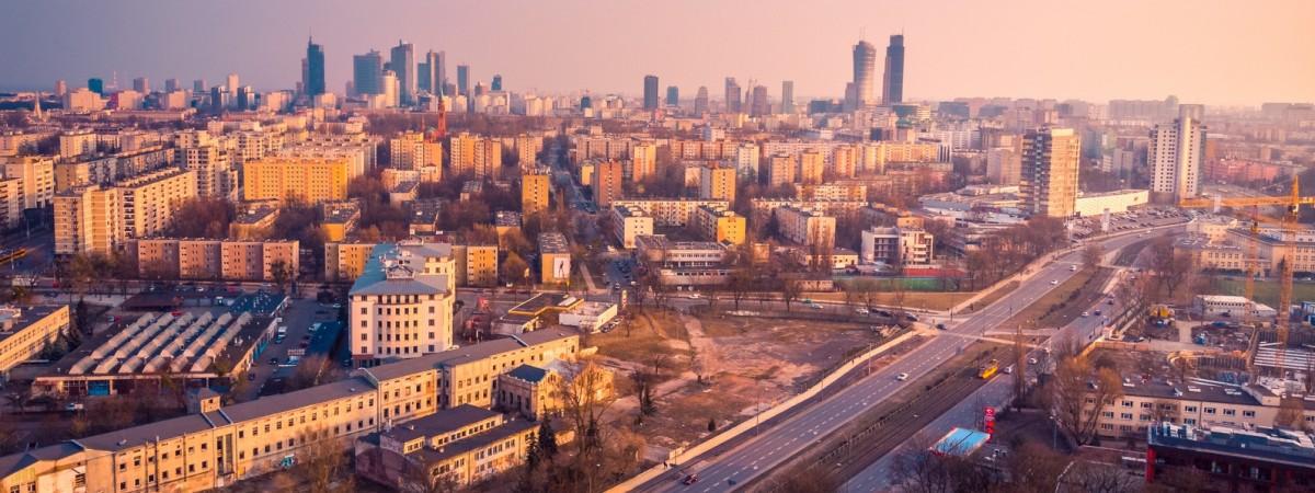У Польщі полегшують карантинні обмеження: що буде дозволено з 20 квітня й що обіцяють далі