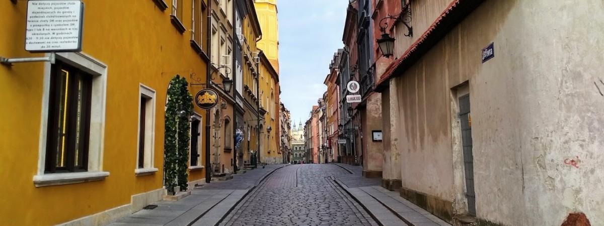 """Зміни в Польщі для іноземців на """"біометрії"""", працівників на """"умовах злецення"""" й не тільки"""