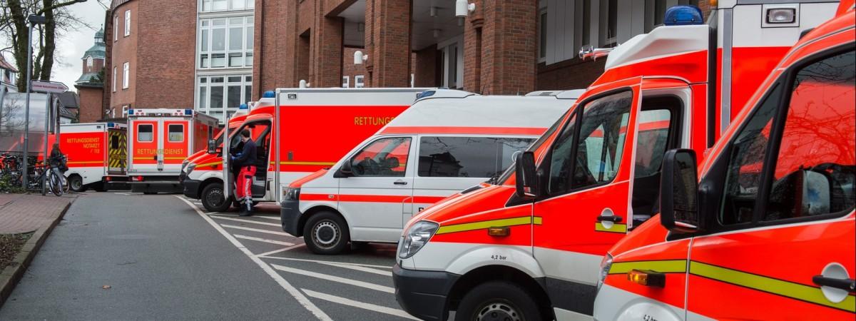 В Польше автобус с украинцами сорвался в пропасть. Среди погибших есть дети (фото)