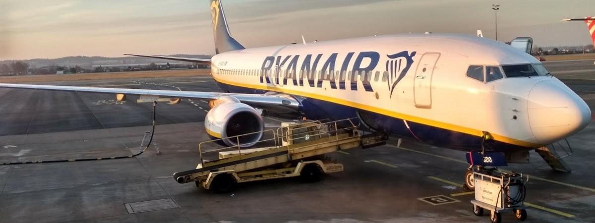 Літаком з Польщі в Україну і навпаки: розклад рейсів Ryanair на весну-літо 2021
