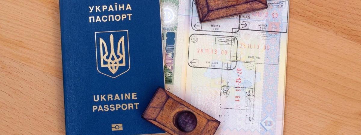 Чаще всего едут в Польшу. Уже 2 млн украинцев воспользовались безвизовым режимом