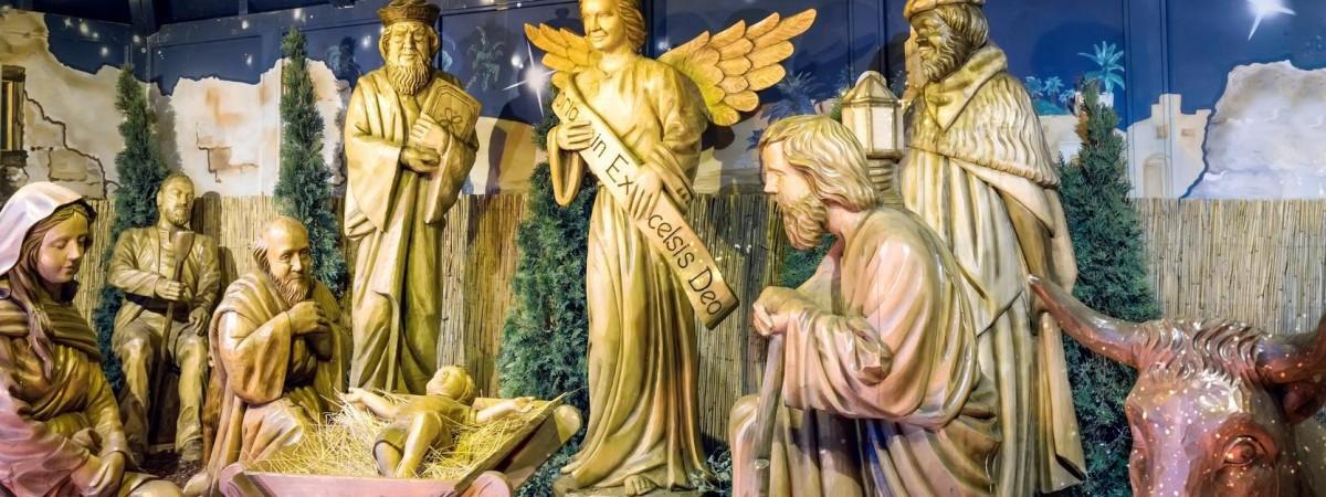 Свято Трьох царів - навіщо поляки пишуть крейдою на дверях К+М+В?
