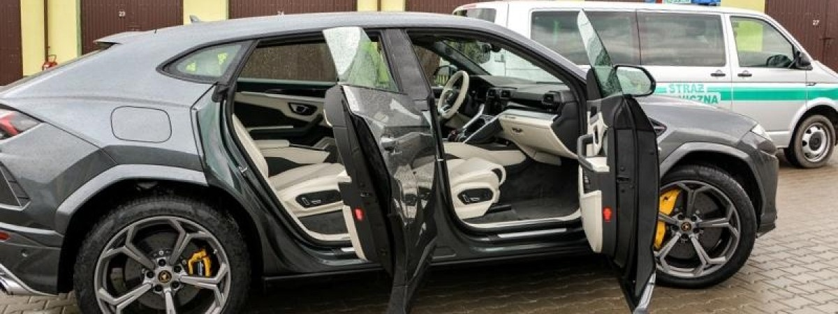 Українець на чолі злочинної групи в Польщі: крали авто VIP-класу й переправляли в Україну та Росію