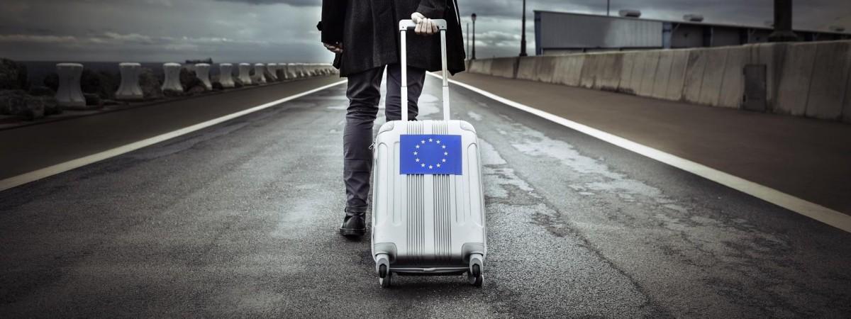 Їхатимуть, щоб не заробити, а лишитися. Україні прогнозують нову хвилю трудової міграції