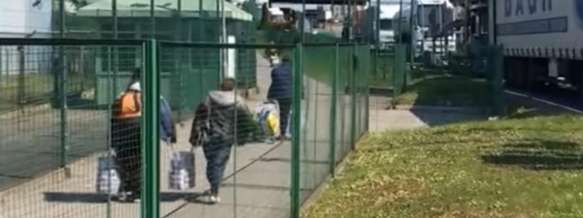 """Не пускали до Польщі - дав хабара. Українця """"не зрозуміли"""" на польському кордоні"""