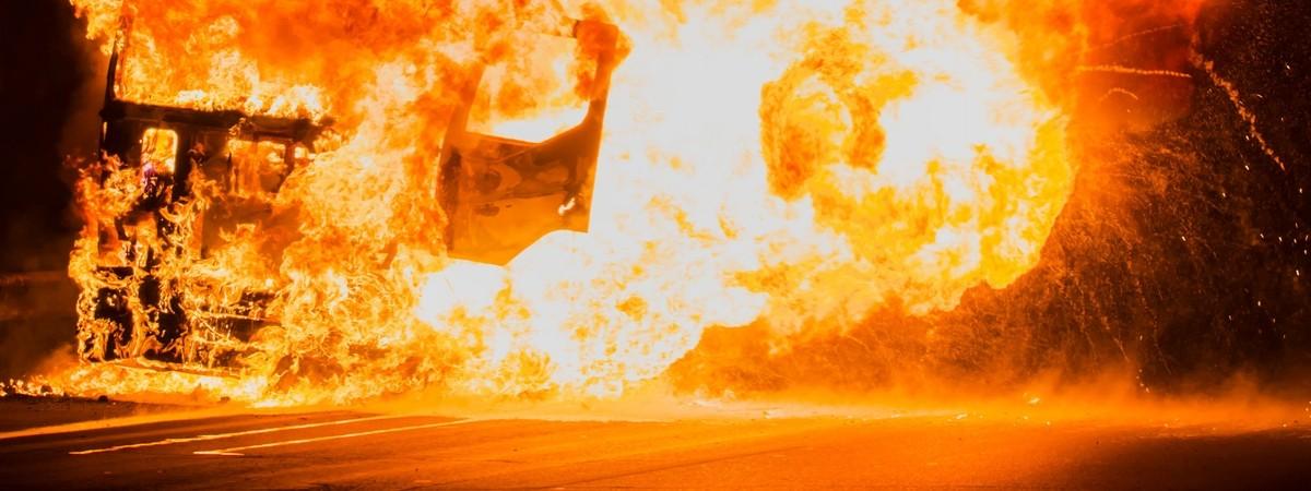 Діставав людей з палаючих авто: українець став героєм, рятуючи учасників жахливої ДТП у Польщі