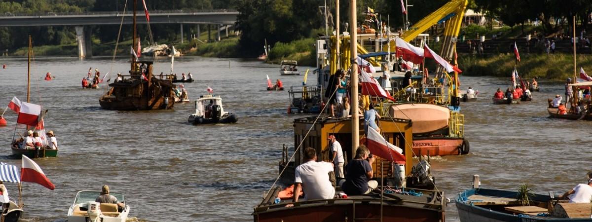 Чудова Вісла. Чим здивують прогулянкові рейси річкою у Варшаві?