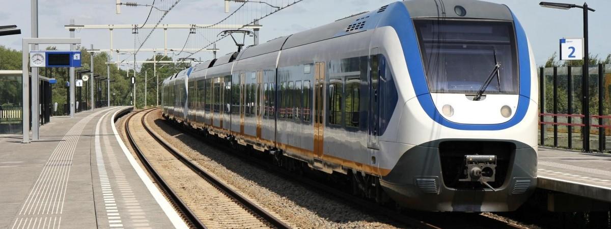 Укрзалізниця запускає онлайн продаж квитків на всі потяги до Польщі