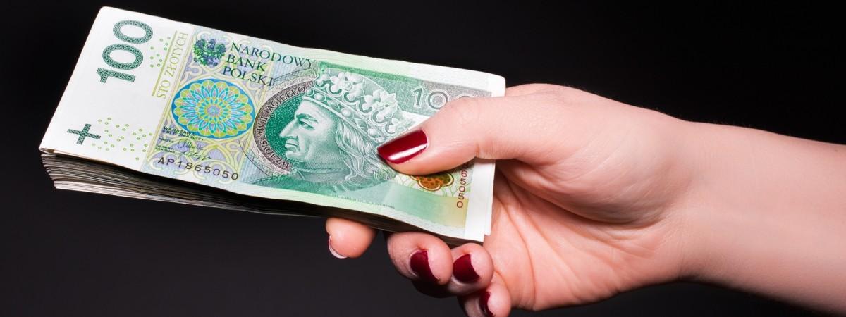 Зарплата в Польщі в 2019 році: рекордна кількість компаній заявили про готовність платити більше