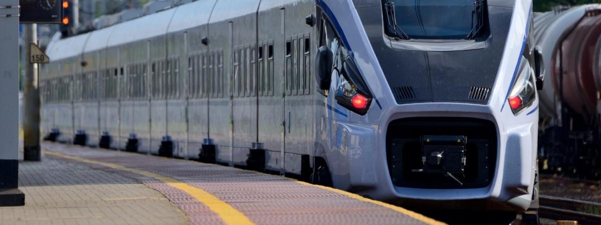 До 8 березня призначені додаткові потяги між Україною та Польщею