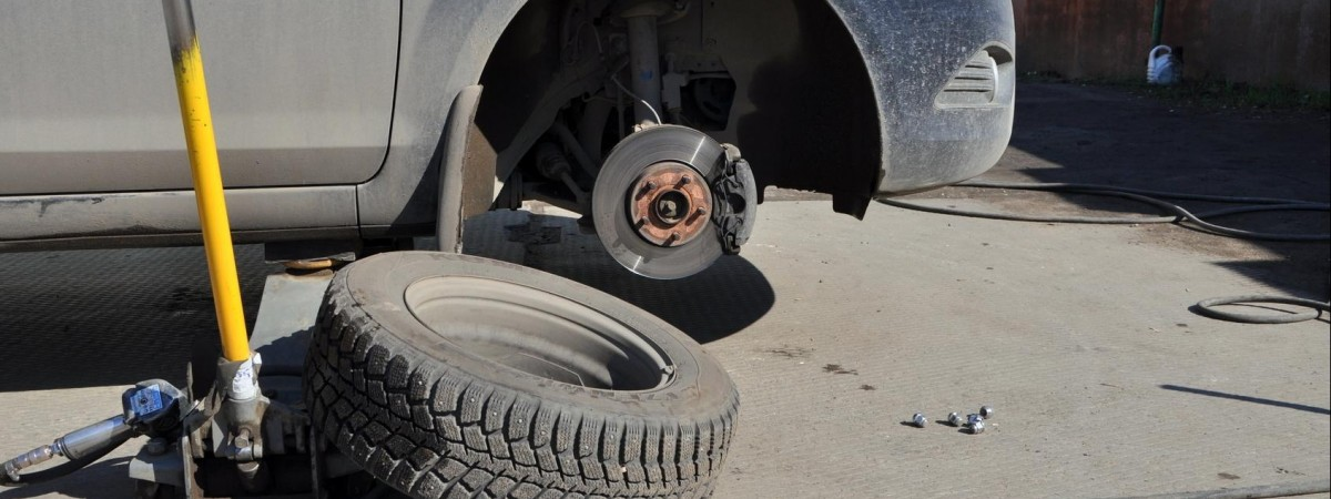 """""""Обувь"""" для нашего авто: на самом ли деле ставить б/у резину экономнее?"""