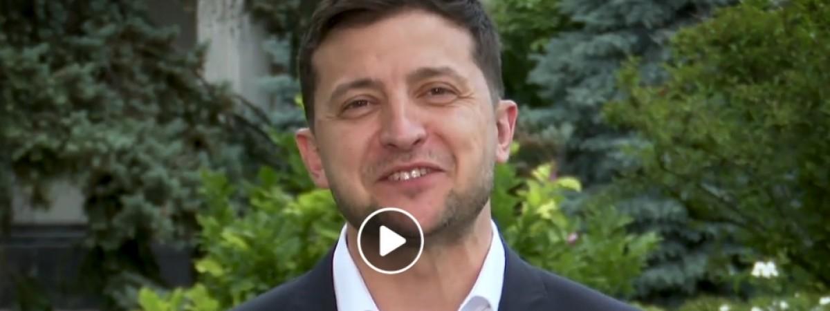 Україна готова змінюватися. Зеленський записав звернення англійською до закордонних інвесторів (ВІДЕО)