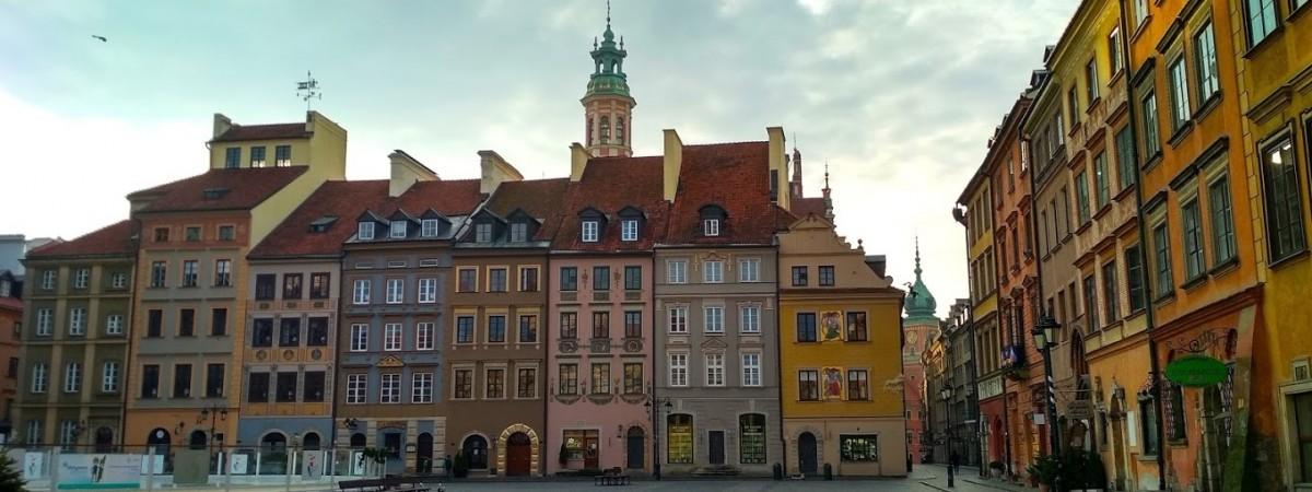 Жорсткий карантин у Польщі знову продовжили, але з кількома винятками
