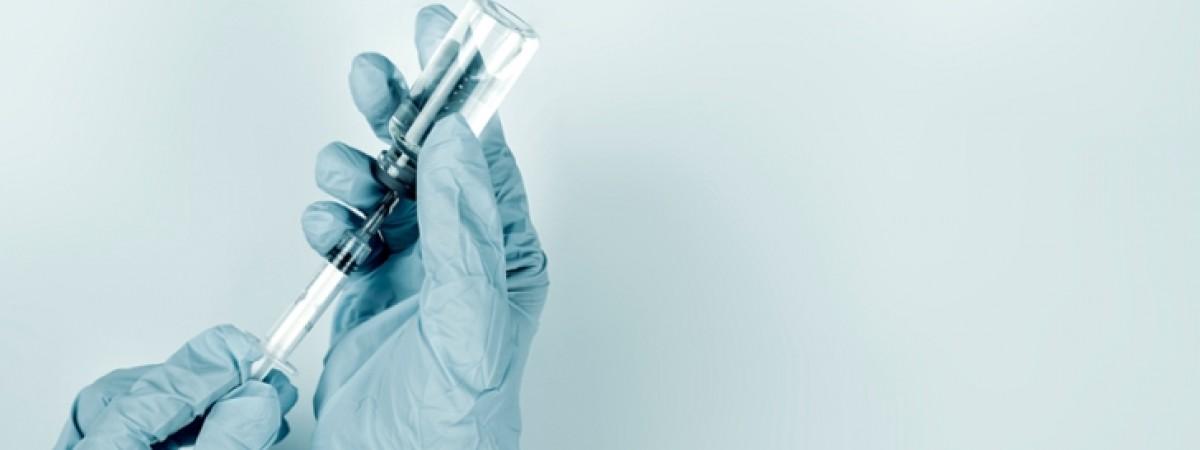 У Польщі відповіли, скільком українцям вкололи Covid-вакцину за перші півроку