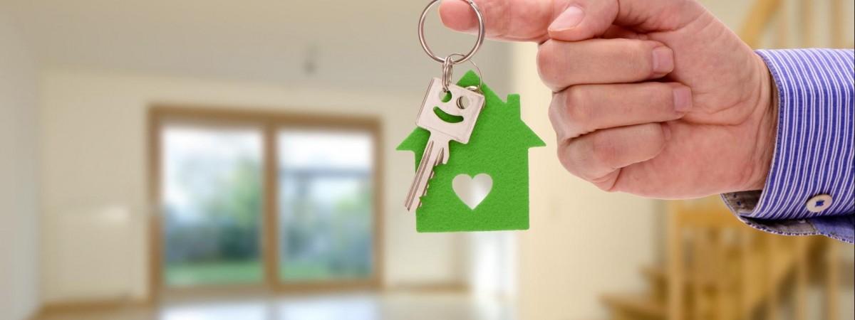 Украинцы почти вдвое обогнали немцев по количеству купленного жилья в Польше