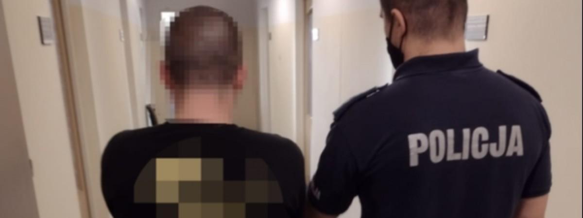 У Польщі затримали українця, який заважав медикам рятувати людину й кидався на поліцейських