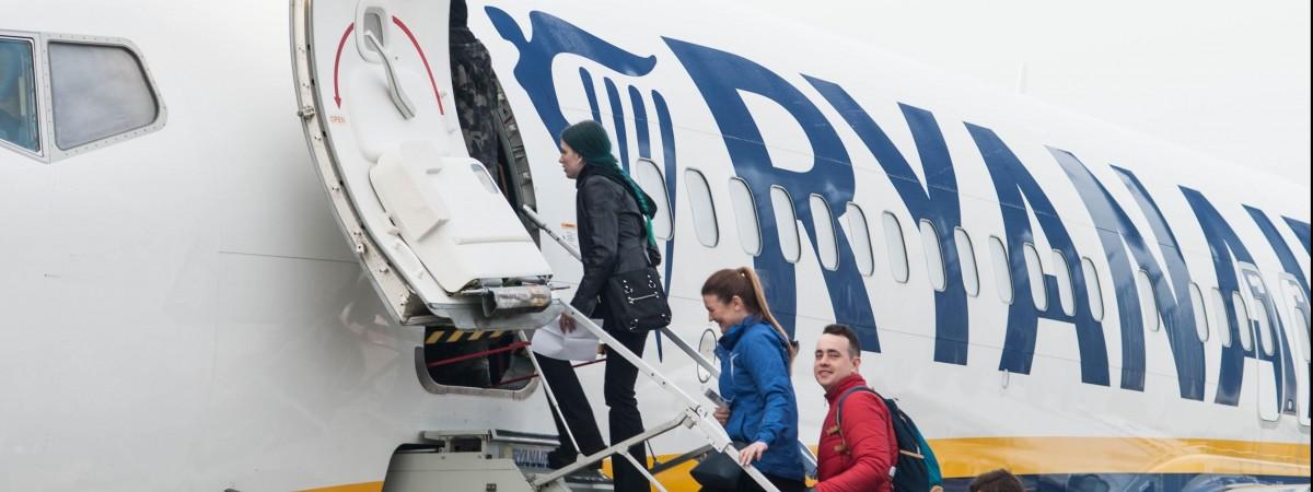 Дешевше хіба що пішки: Ryanair пропонує перельоти між Україною та Польщею за 10 євро