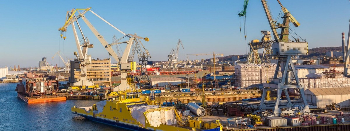 Кораблі в Польщі будуватимуть роботи. Люди не хочуть
