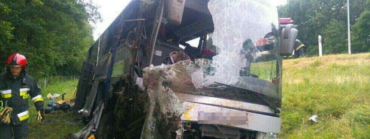 Авария украинского автобуса в Польше: водителю грозит до 8 лет, но польского суда может не быть