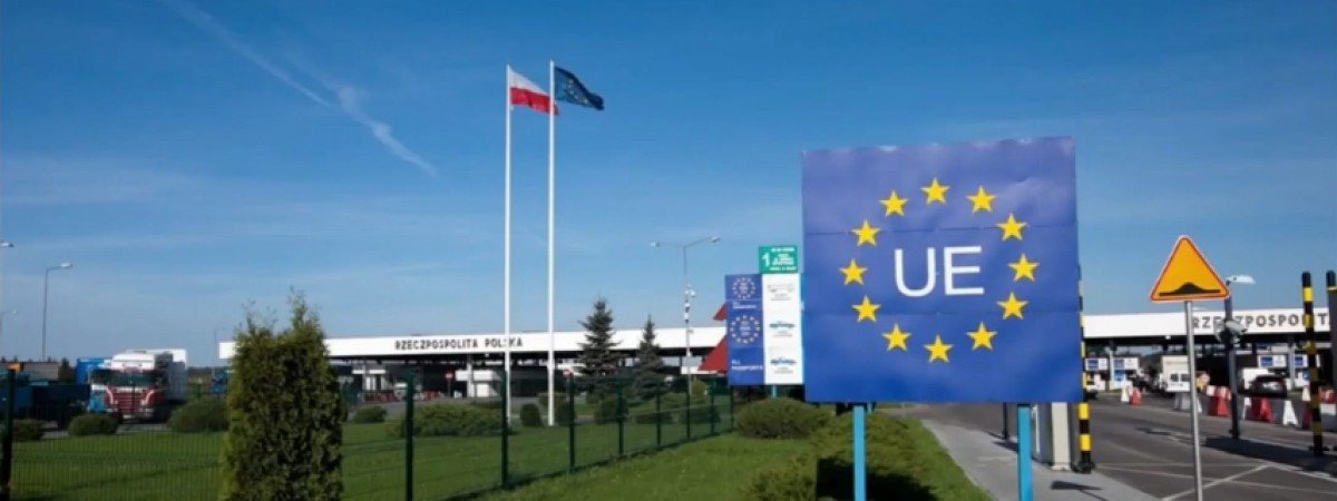Польща відкрилася по безвізу для українців. Це також полегшить приїзд на роботу (ВІДЕО)