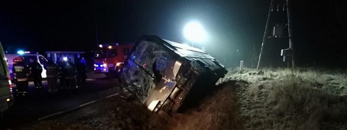 У Польщі мікроавтобус з українцями врізався в TIR