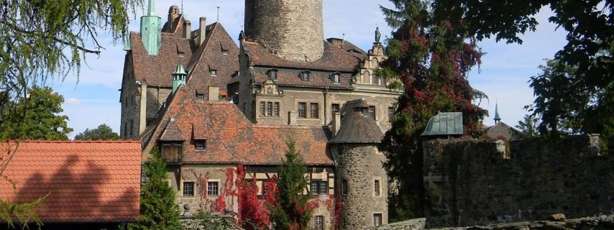Трагедія в одному з найбільших замків Польщі: загинув українець