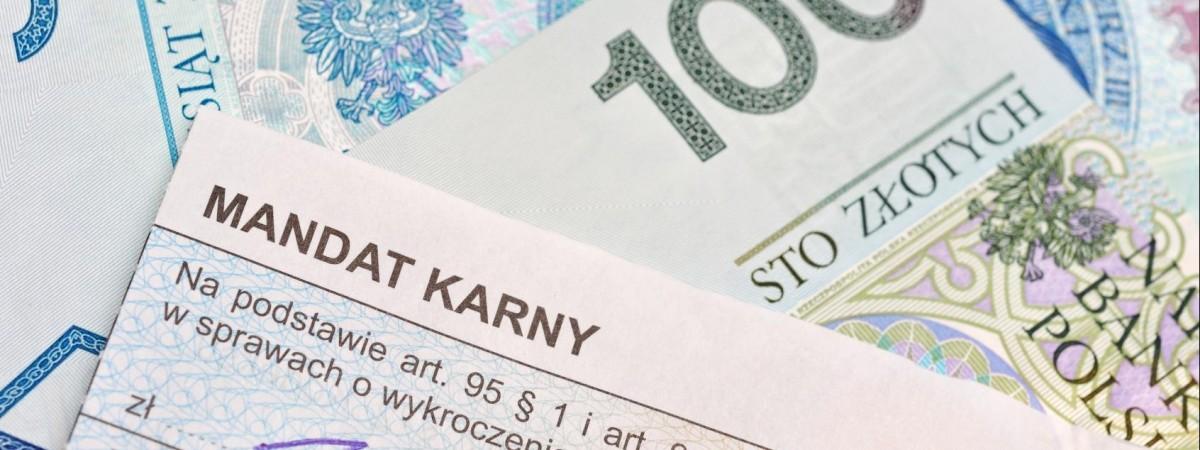 Водії та пішоходи в жорстких рамках: за що та на скільки можуть оштрафувати на польських дорогах