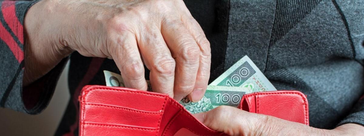 Пенсия для украинцев в Польше: на какую сумму можно рассчитывать и при каких условиях ее выплатят