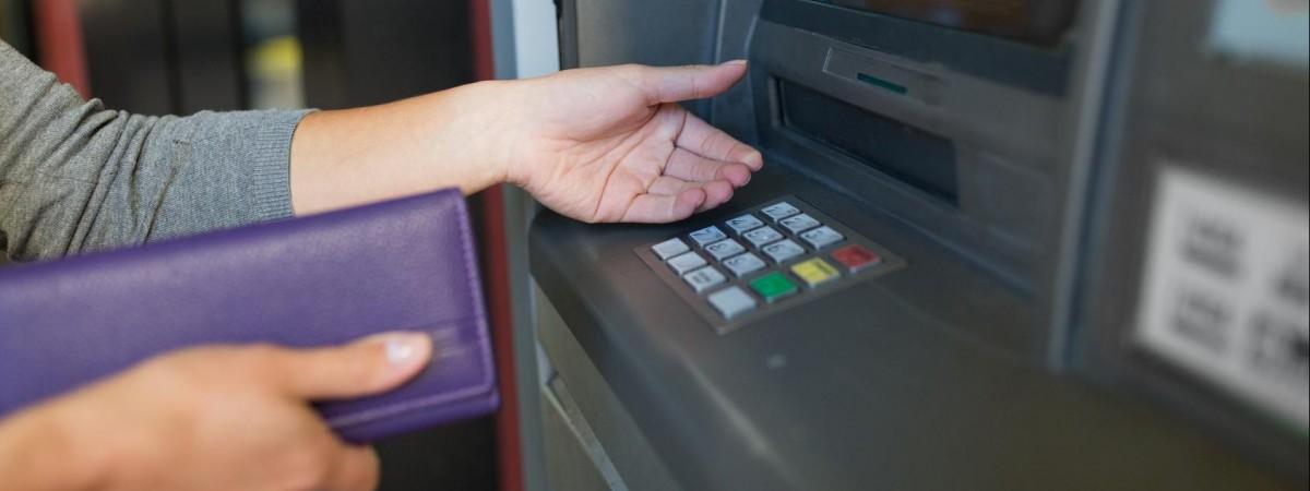 Подарунок від TransferGo: переказувати гроші в Україну тепер можна без комісій