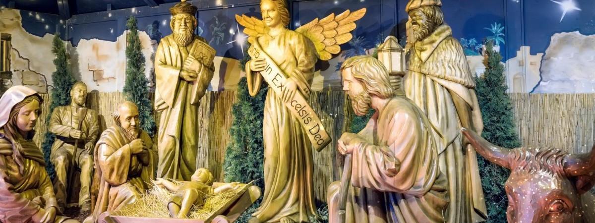 Праздник Трёх царей - зачем поляки пишут мелом на дверях K + M + B?