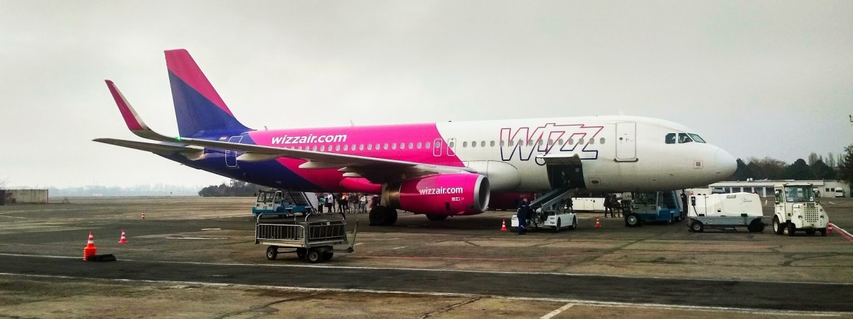 Wizz Air відновить з 17 грудня 7 рейсів між Україною та Польщею