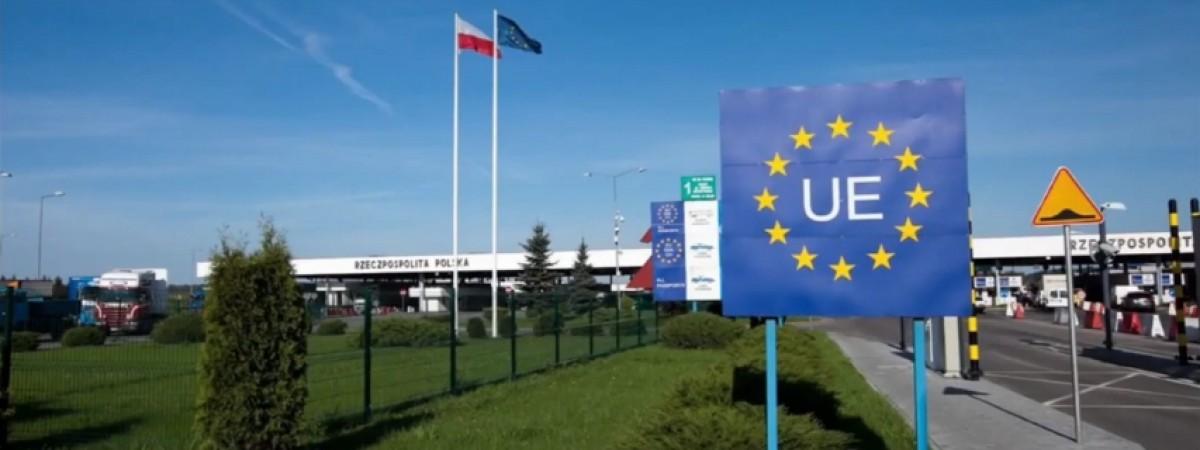 Карантин в Польщі для приїжджих з 30 березня по-новому. Українські COVID-тести не рятуватимуть