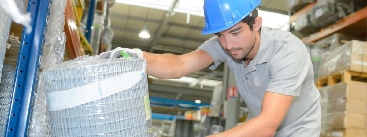 Заробітчани, що працюють за кордоном, зможуть отримувати трудовий стаж і субсидію в Україні- пропозиція уряду