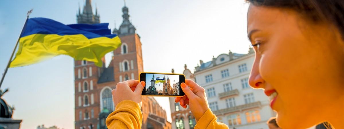 Społeczność Ukraińców w Polsce -  nie tylko migranci zarobkowi, ale liczna grupa konsumentów