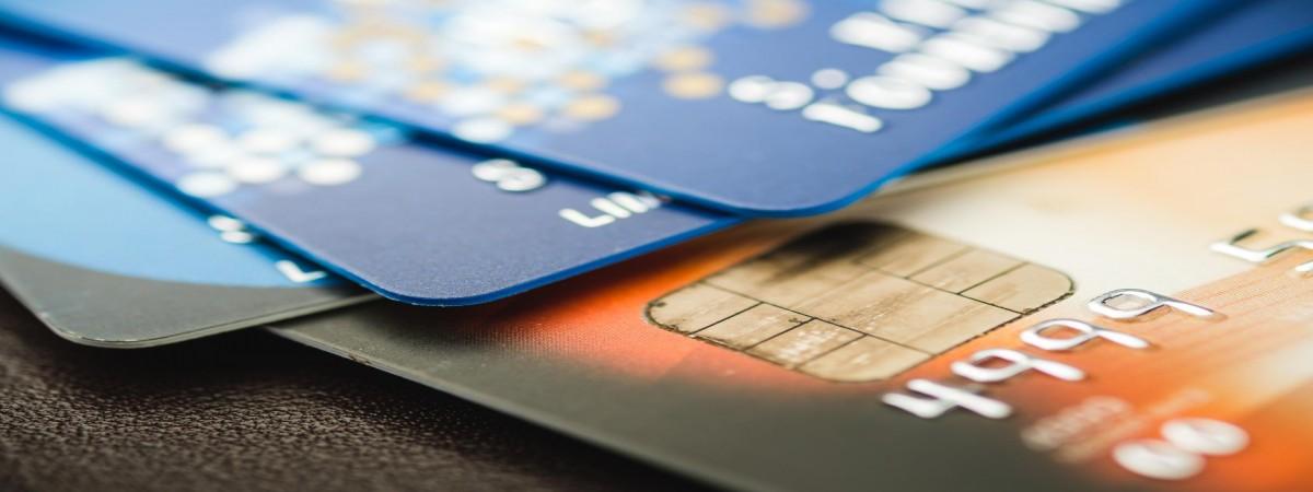 Банки в Польщі: де шукати обслуговування українською або російською
