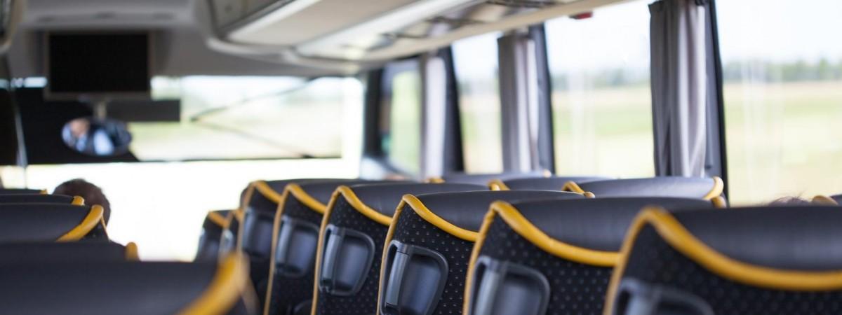 У Польщі українка побила ногами автобус, бо його водій попросив надіти маску