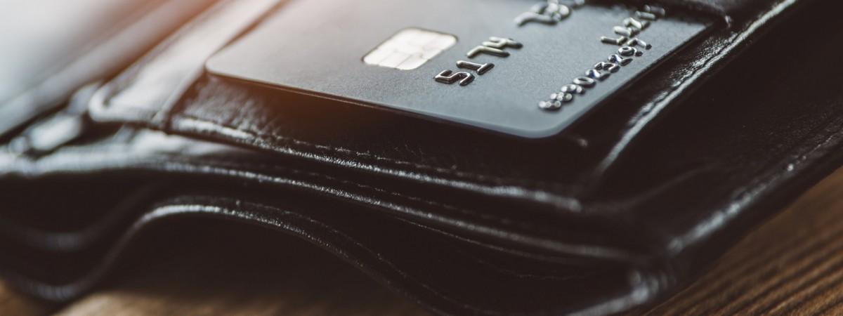 Українка загубила в Польщі гаманець з великою сумою. Її шукає поліція