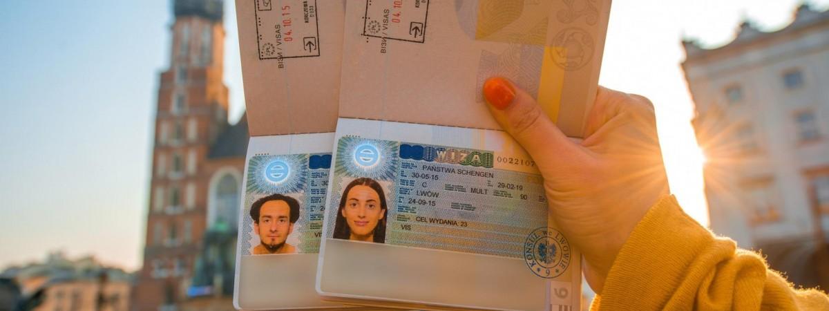 Собираетесь в Польшу? Посмотрите, какие города Украины лидируют по количеству выданных виз