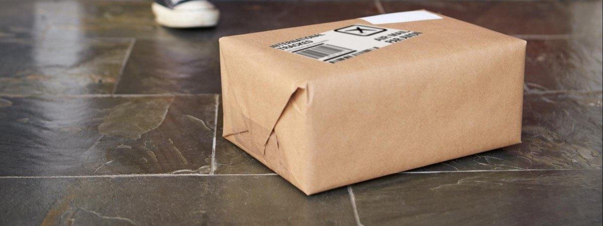 Український сервіс доставки посилок виходить на польський ринок