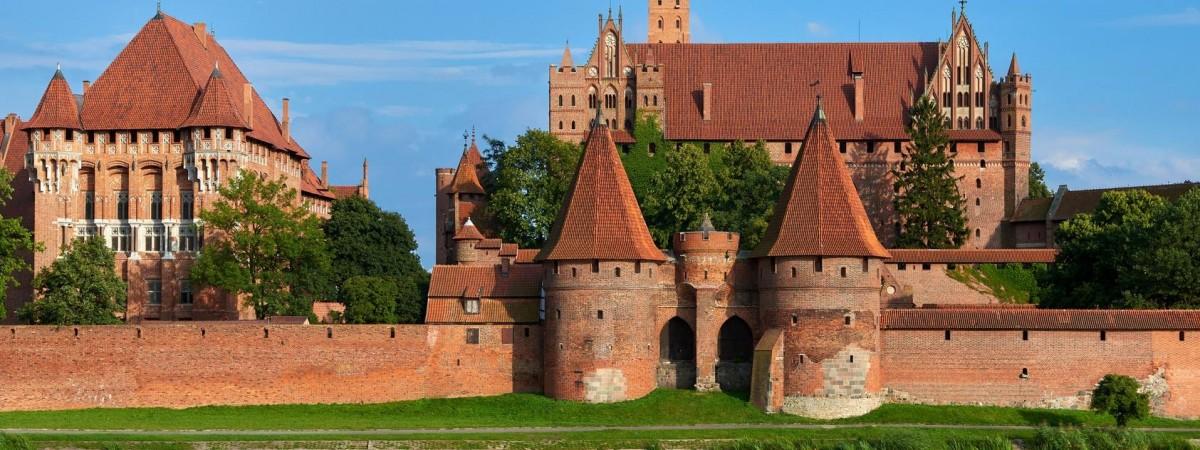 Місця та споруди Польщі, які неодмінно вас здивують