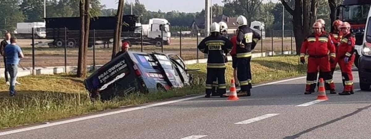 У Польщі бус з пасажирами спричинив лобове ДТП: у крові водія з України був алкоголь