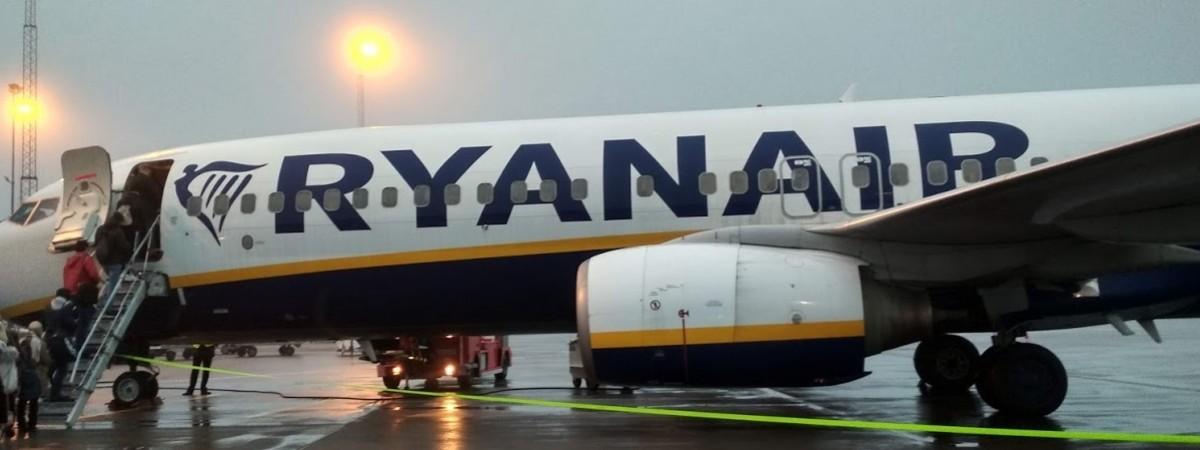 Распродажа от Ryanair: билеты на 6 направлений между Польшей и Украиной до 10 евро