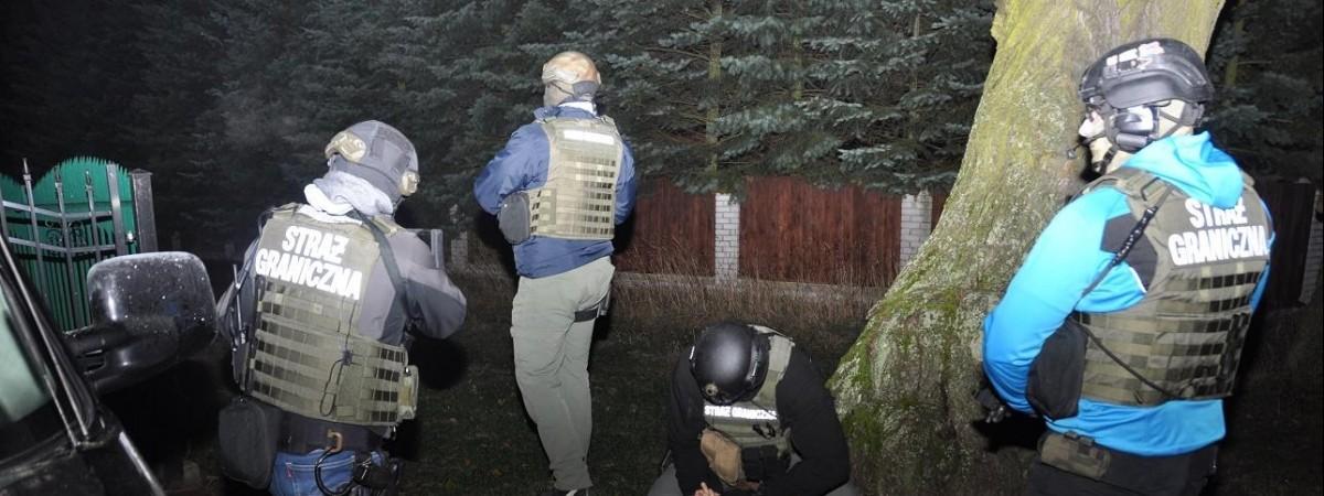 В Польше в подпольном цехе задержали 12 украинцев