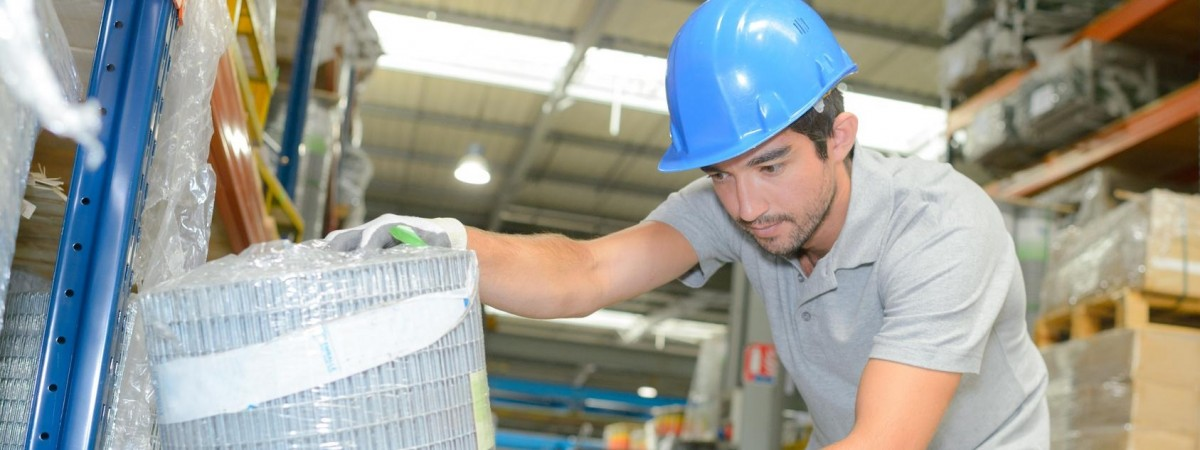 Граждане, работающие за границей, смогут получать трудовой стаж и субсидию в Украине- предложение правительства