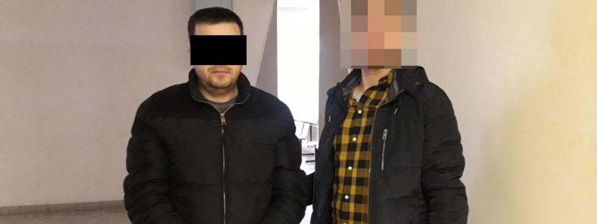 Українцю на базарі у Варшаві вибили око: нападника затримали