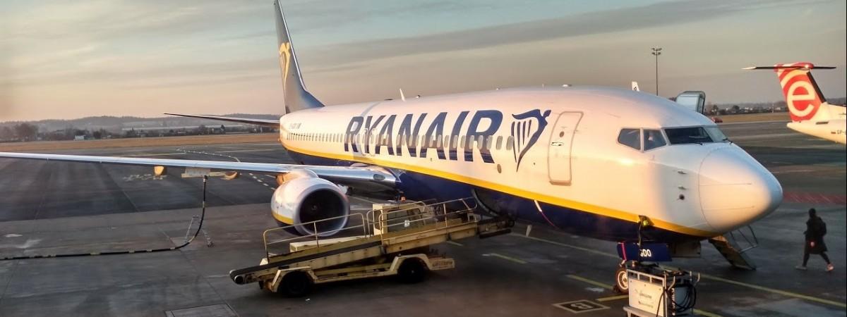 Ryanair продает рекордно дешевые билеты на рейсы из Одессы в Польшу