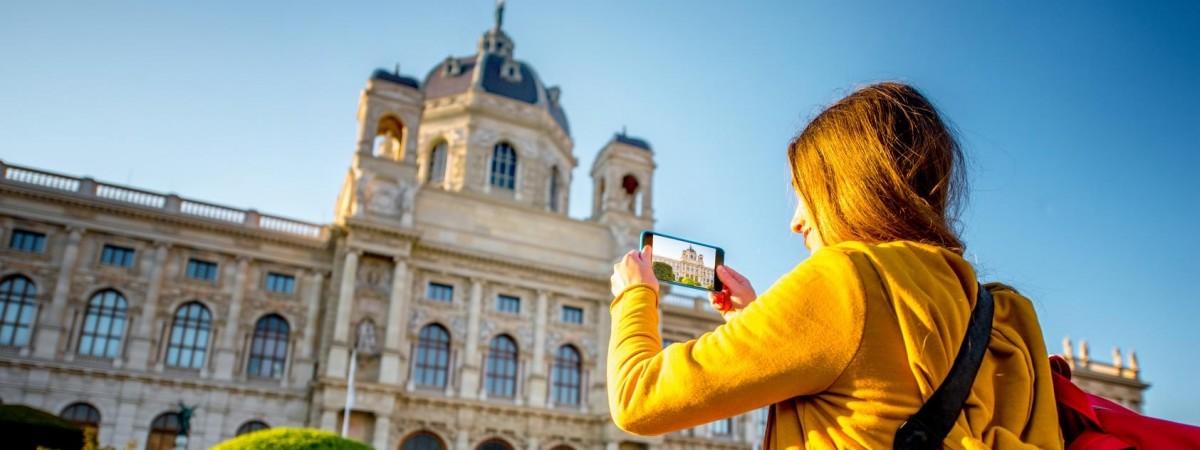В первые выходные октября цены в Польше снизят пополам: гостиницы, музеи, рестораны, транспорт (АКЦИЯ)