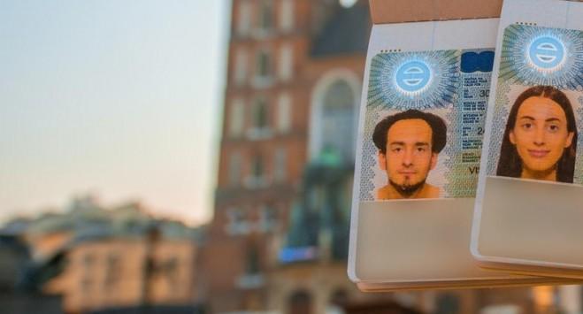 Віза в Польщу: інформація про нові найближчі дати на подачу документів по Україні